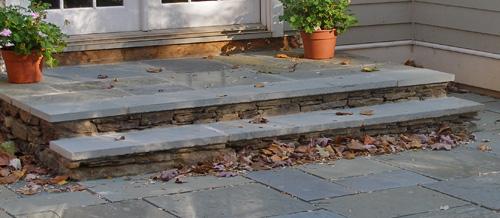 Beautiful types of bluestone steps for Bluestone front porch