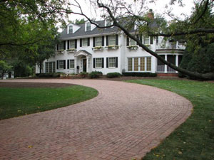 Make thick driveway pavers with concrete molds and supplies