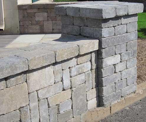 Modular block wall resembles stone