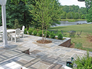 bluestone patio set in concrete