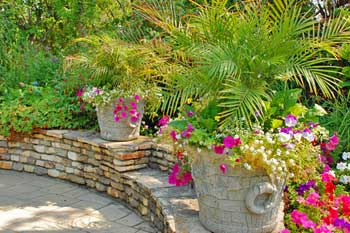 Some Interesting Patio Decorating Ideas
