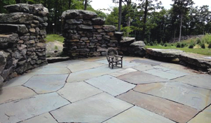 blue stone patio | tips and ideas - Natural Stone Patio Designs