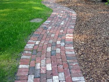 Old Fashioned Brick Road Bricks