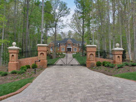 three creative driveway entrance ideas