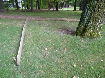 Wooden Drainage Barrier