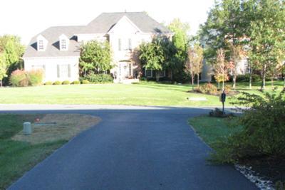 Driveway Landscape Entrance