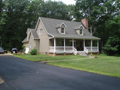 NEED IDEAS FOR FRONT OF HOUSE / PORCH
